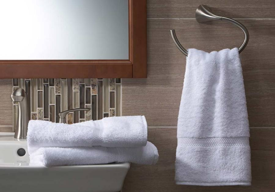 hotel-towel-rack-bath